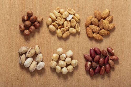 ピーナッツは肥満を防ぐ