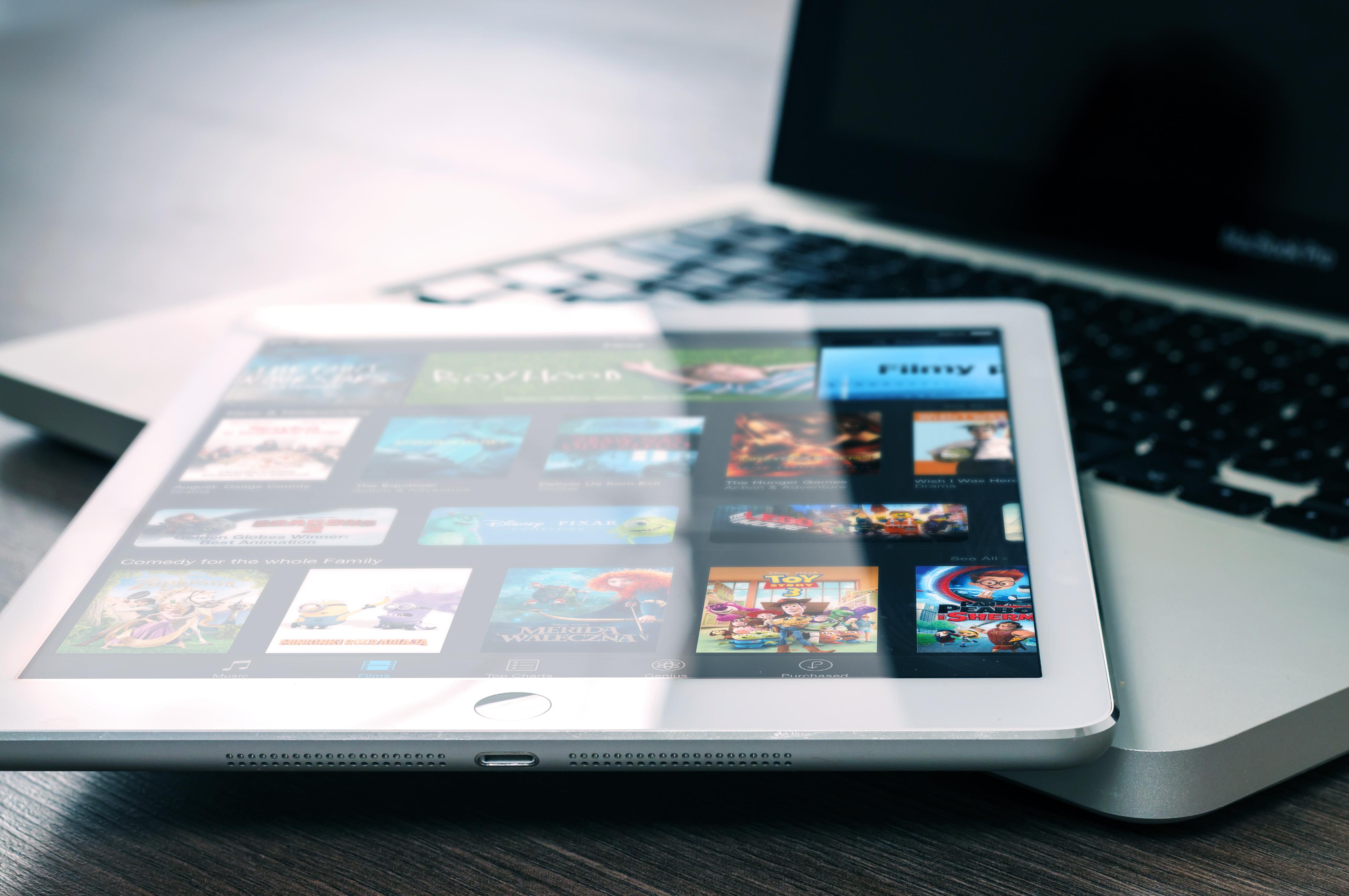 Xperia Z4 Tabletの Wi-Fi モデルが登場! iPad Air2とのスペック差は?