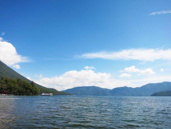 日本一標高の高い栃木県の中禅寺湖