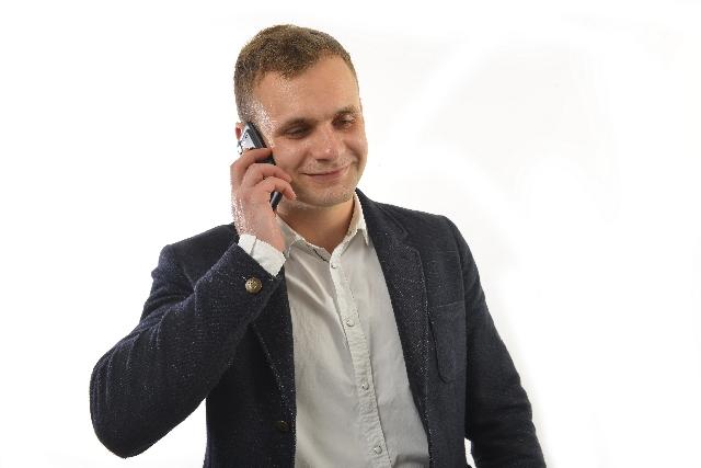 格安SIMフリースマホのMNP手続きが即日化?ネットや電話で簡単に!