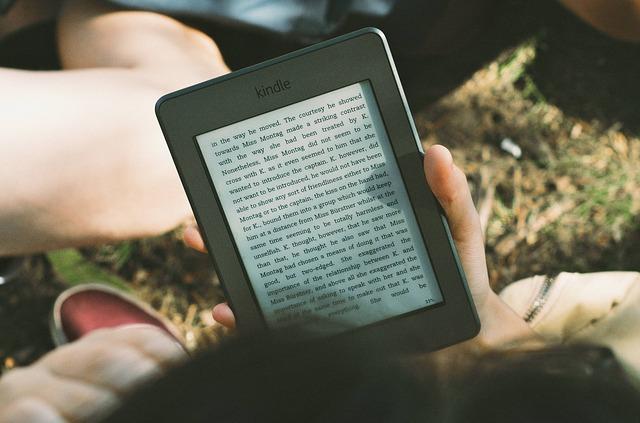 Amazonから新しいKindle Fireが発売!スペックや価格、iPadとの比較