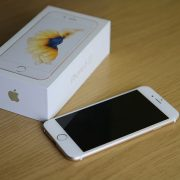 iPhone SEとiPhone6Sどちらを買うべき?