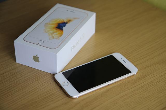 iPhone SEとiPhone 6Sのスマホを比較!性能やスペック、容量、サイズなどどちらがオススメ?