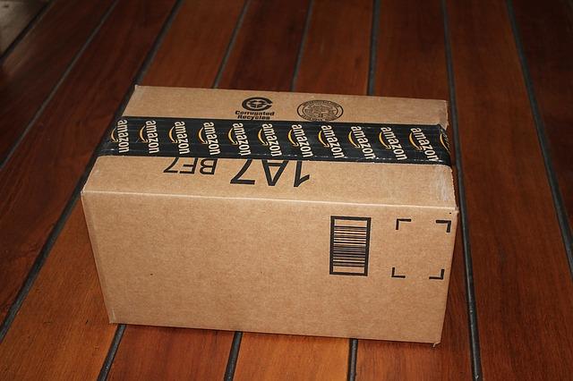 Amazonの送料が無料から一部有料に!Amazonプライムに加入するのがおすすめ?