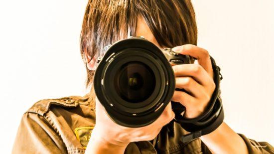 撮影した写真を投稿して稼ぐ