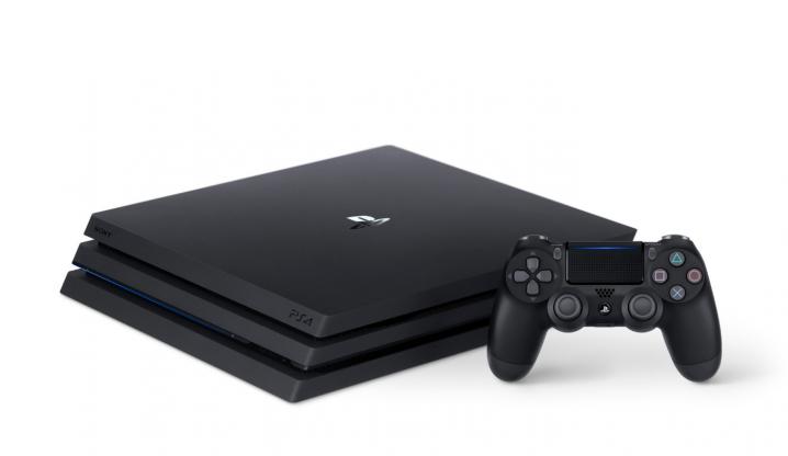 4K映像に対応した「PS4 Pro」