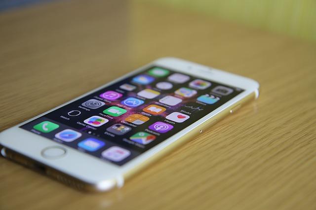 iPhoneに初めからあるアプリを消去できる?iOS10にアップデートで削除が可能に!