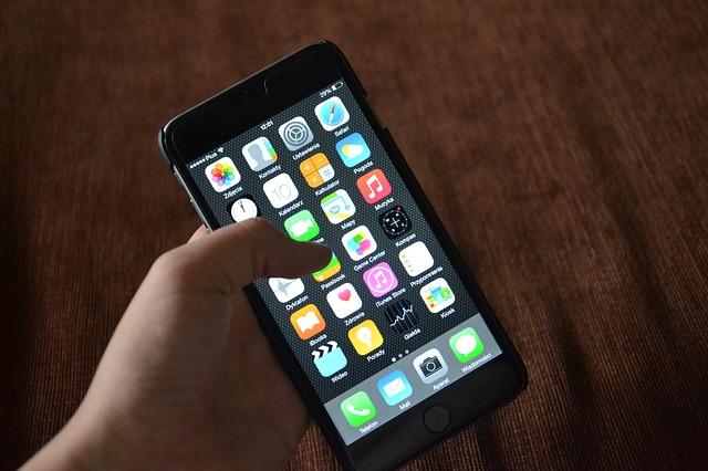 iPhone 7/Plusを買ったらAppleCare+に加入するべき?画面割れ修理が3,400円で出来る!