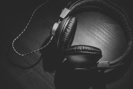 Spotifyはどんなアーティストの曲が配信されている?