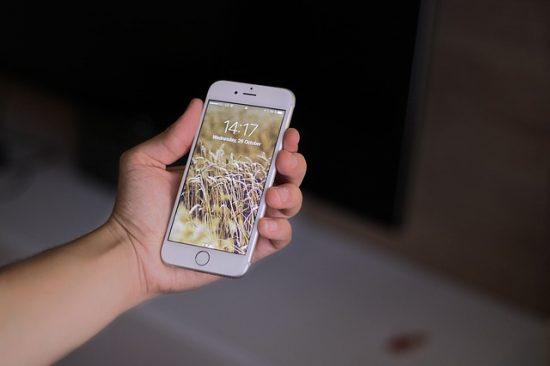 Apple直営店でシリアル番号を確認できる