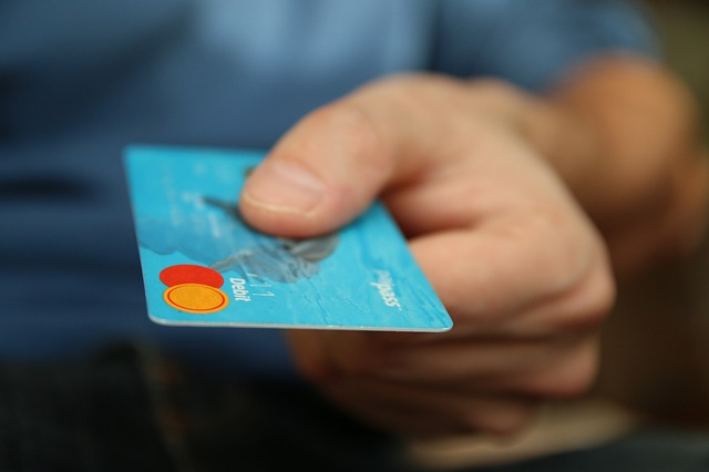 クレジットカードが無くてもネットフリックスを見れる!