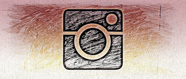 インスタグラムに新機能「アルバムの様に画像や動画を複数(10枚まで)投稿できる機能」が追加!